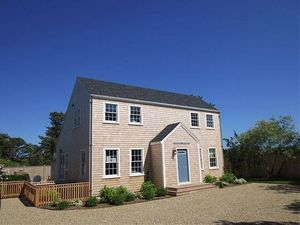 38 Surfside Road, Nantucket, MA
