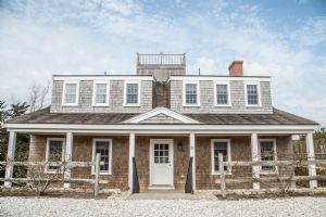 32 Monomoy Road, Nantucket, MA