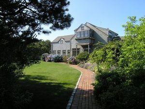 196 Cliff Road, Nantucket, MA