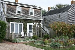 132R Main Street, Nantucket, MA