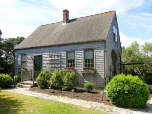 2 White Street, Nantucket, MA