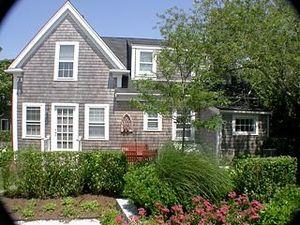 2 Gardner Perry Lane, Nantucket, MA