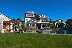 1 Pochick Avenue, Nantucket, MA