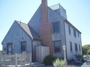 35 Fairfield Street, Nantucket, MA