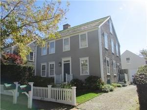 32 Woodbury Lane, Nantucket, MA