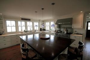 8 F Street House Nantucket, MA