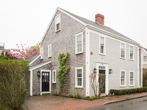 54 Fair Street, Nantucket, MA