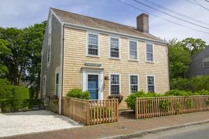 8 New Mill Street, Nantucket, MA