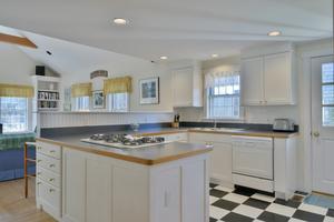 36 Woodbury Lane, Nantucket, MA