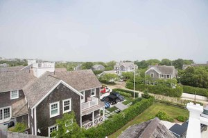 60 Walsh Street, Nantucket, MA