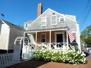 20 Hussey Street, Nantucket, MA