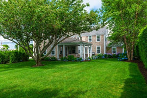 72 Cliff Road, Nantucket, MA